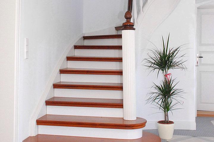 In Einfamilienhäusern Müssen Die Stufen Wenigstens 80 Zentimeter Breit  Sein. Ausführung: Burkhard Schulze Tischlerei, 39615 Seehausen
